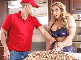 Eva Notty & Xander Corvus In Zz Pizza Party: Part 1 - Brazzersnetwork