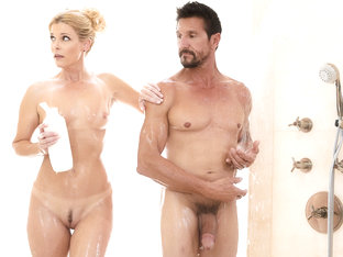 India Summer,tommy Gunn In The Boss And The Client, Scene #01 - Nurumassage