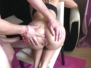 Yoga Girl Receive Rough Anal Fuck During Training