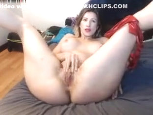 Linda Gapes Fully Naked And Spreading Wide