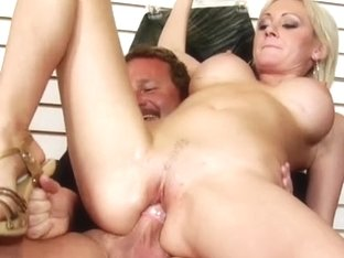 Milfhunter - The Chosen One