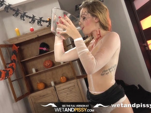 Piss Drinking - Barbe Tastes Her Own Warm Piss During Solo Toy Play