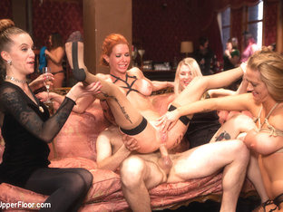 Maestro  Veronica Avluv  Holly Heart In Two Gorgeous Milfs Fucked At The Anal Brunch - Theupperflo.