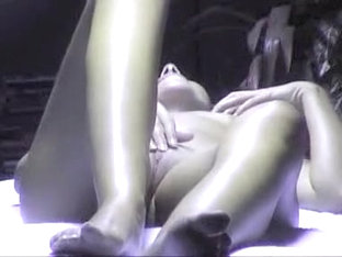 Bored Girl Rubs Her Pussy In A Solarium