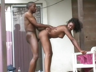 Wonderful Black Girl Is Getting Face-fucked Outdoors By Eager Partner
