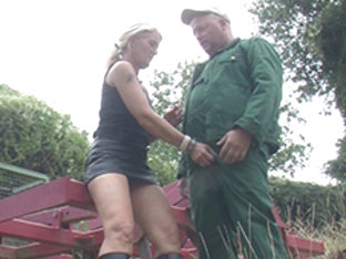 Claudia In Housewife Giving Farmers A Hand - Mmvfilms