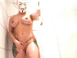 Flight Attendant With Big Tits Fuck The Cleaner In The Shower After Work 4k