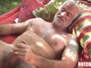 Regardez HOT - VERY ROUGH FRENCH STRAIGHT ARAB GUY DESTROYS WHITE GAY DUDE TIGHTHOLE sur le meilleur site porno.