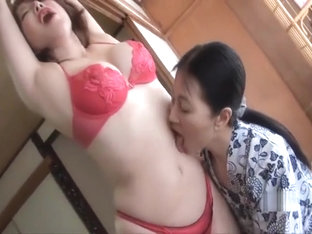 Japanese Hot Kiss Tummy