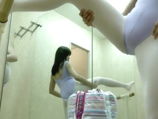 Ballet Lockerroom.34
