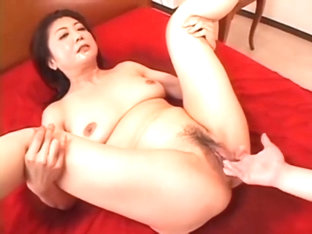 Mature Filipina Had To Pee So Badly