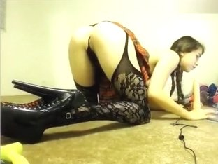 Cam Girl Chroniclove Sucking Rubber Dick