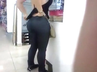 Big Ass Bubble Butt In Jeans