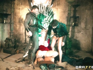 Ella Hughes & Rebecca More & Dorian Del Isla & Pascal White & Xander Corvus In Queen Of Thrones: P.