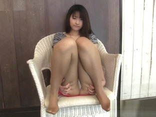 Asian Teen In Too Short Tight Skirt Can't Avoid Upskirt Panty Flashing !
