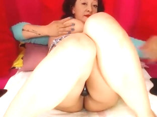 Very Big And Juicy Pussy Gaping