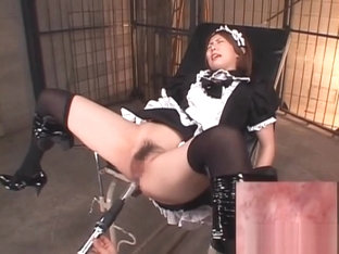 Japanese Maid Takes A Dildo In Her Sweaty Ass