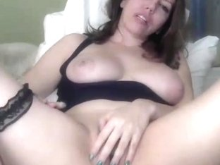 Milf Wants You To Turn On Omblive Vibe Toy 4 Her Pussy