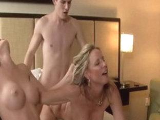 College Party-Orgie Porno